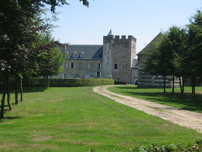 800px-Château_Gonfreville_07_2005